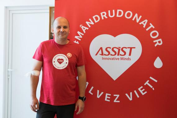 ASSIST Software employees are proud donors