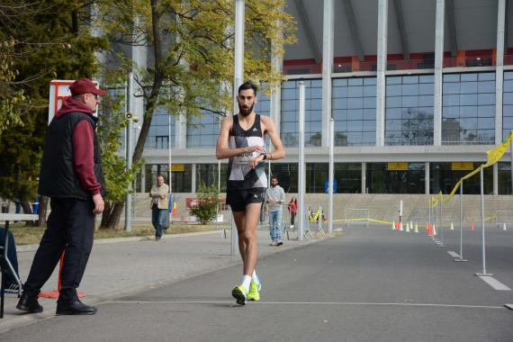 Andrei Gafita approaching the race walking National Championship finish line - ASSIST Software